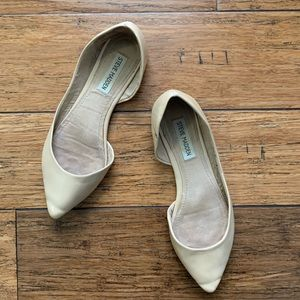 Beige Patent Material Pointed Toe Flats